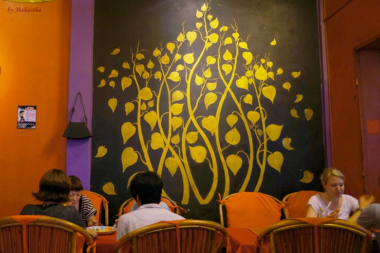 남연정_펍_Traditional Khmer Food restaurant