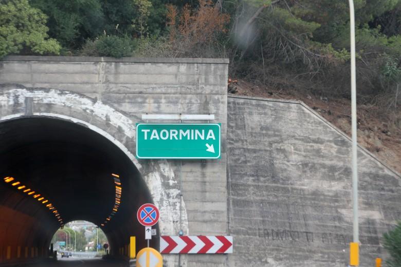 내 기억 속의 타오르미나, 그곳이 아름다운 이유 - 겟어바웃