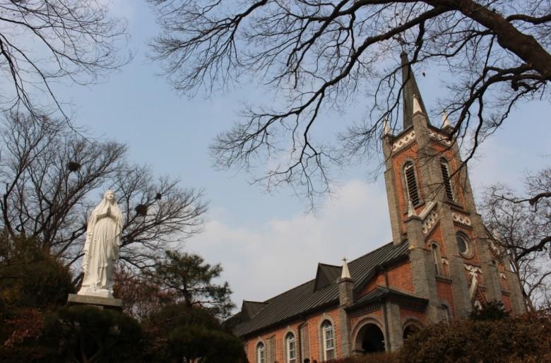 가장 아름다운 성당, 충남 아산 공세리성당 - 겟어바웃