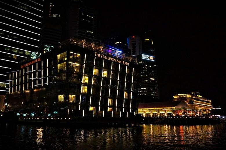 10 싱가포르_플러툰베이호텔 외관 야경_GA남연정_160624