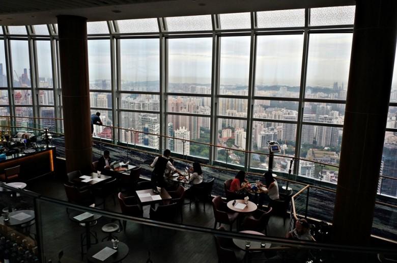2-21 싱가포르_아이온몰 56층레스토랑_GA남연정_16062
